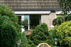 25-thuis200704